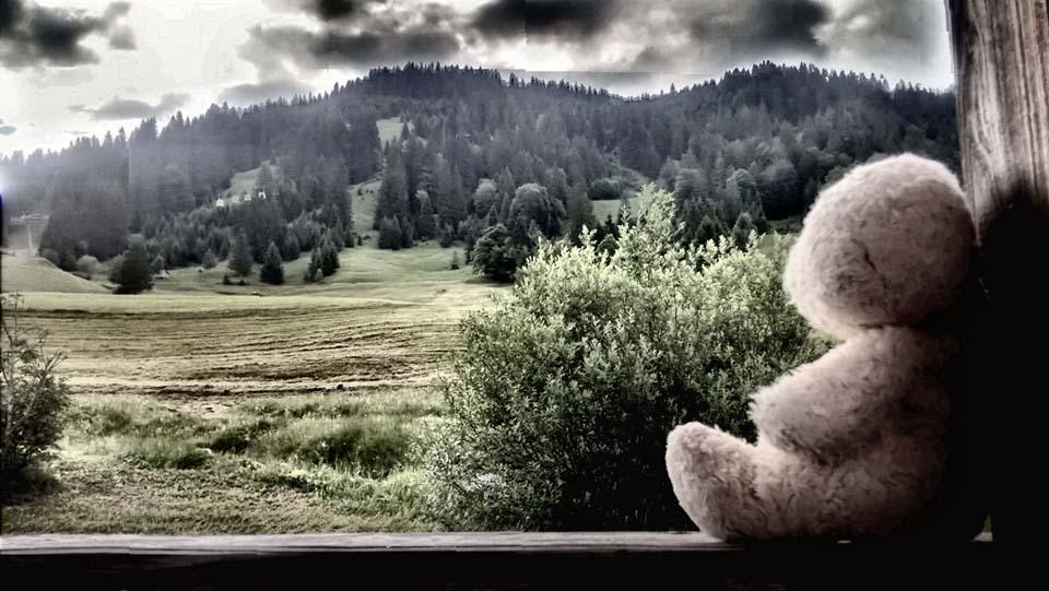 Foster in dramatischem Alpenpanorama. Zeit zum Träumen